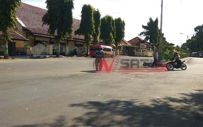 Jelang Road Race Sejumlah Rider Jajal Sirkuit Taman Adipura Sumenep