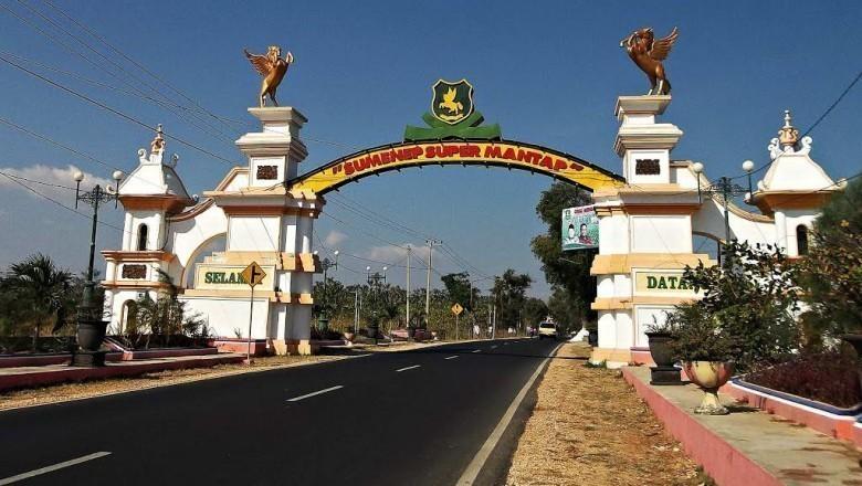 Liburan Anti Mainstream Tempat Wisata Bersejarah Sumenep Taman Adipura Kota