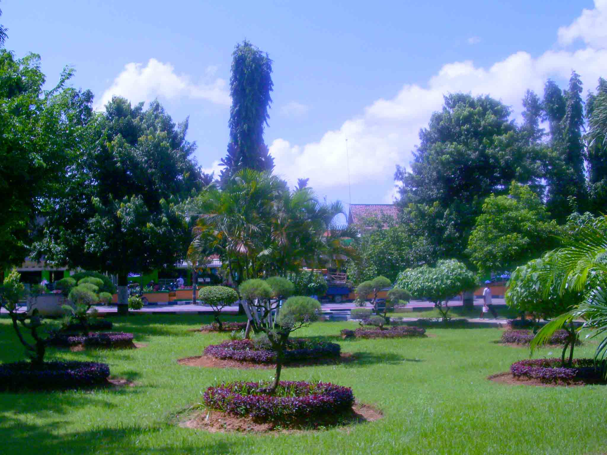 Taman Kota Adipura Sumenep Mapio Net Kab