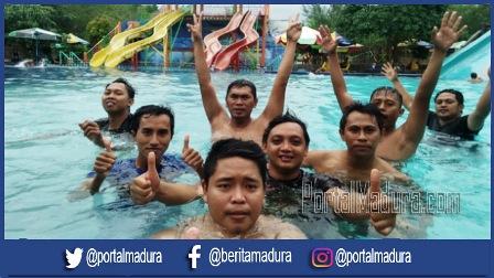 Pungkasi Rangkaian Hpn Pwi Sumenep Swimming Water Park Sumekar Wps