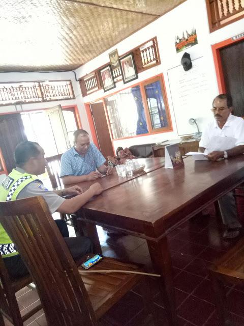 Bhabinkamtibmas Desa Batanyuh Polres Tabanan Tatap Muka Pengelola Obyek Wisata
