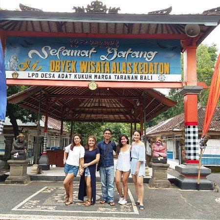 Team Gede Alas Kedaton Monkey Forest Picture Bali Bliss Tour