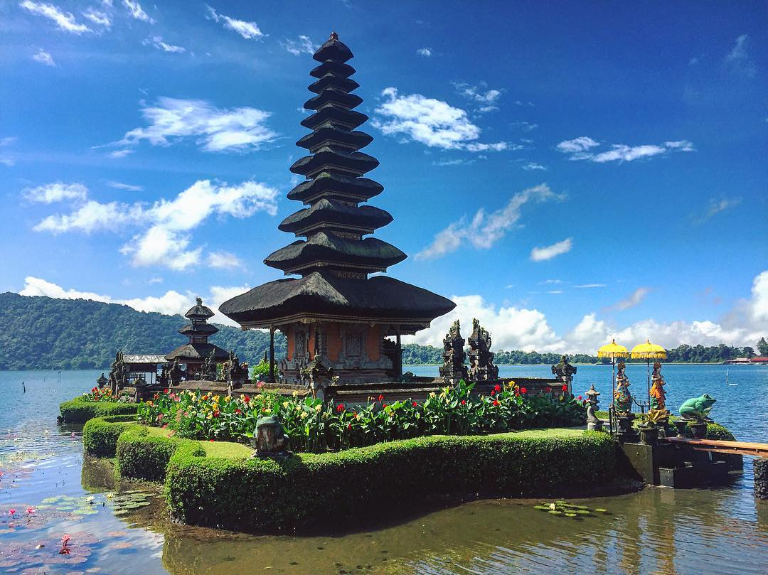 Jam Operasional Buka Tutup Pura Ulun Danu Beratan Bali Bratan