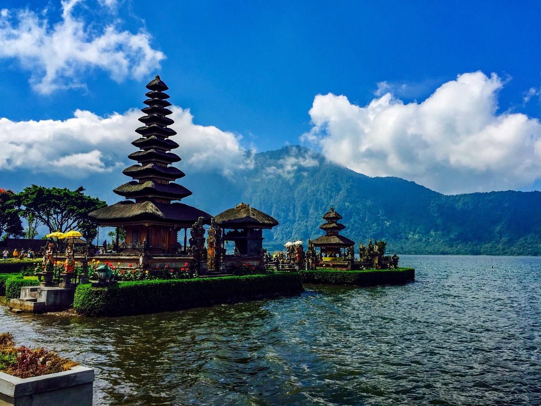 Pemerintah Kabupaten Tabanan Mengwi Indonesia Cool Getaway Pura Ulun Danu