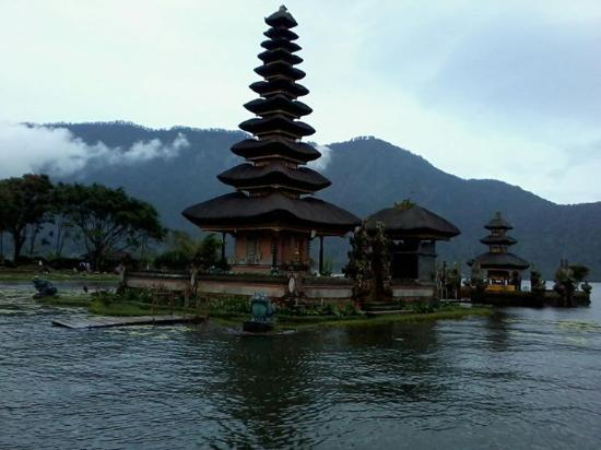 Pura Ulun Danu Beratan Picture Bratan Temple Tabanan Kab