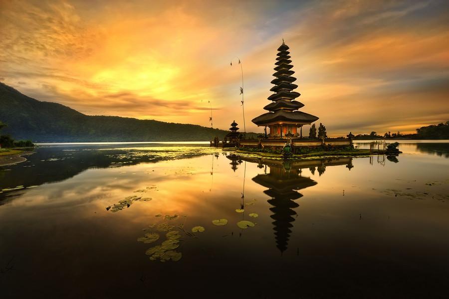 Pura Ulun Danu Bratan Bali Indonesia Previous Kab Tabanan