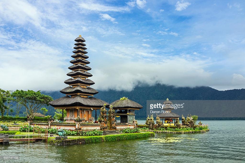 Pura Ulun Danu Bratan Temple Bali Indonesia Stock Photo Getty
