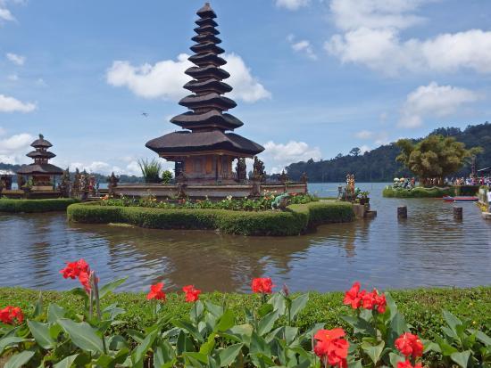 Pura Ulun Danu Sur Le Lac Bratan Picture Temple Kab