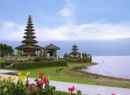 Pura Ulundanu Beratan Bali Seribu Terletak Dataran Tinggi Bedugul Kabupaten
