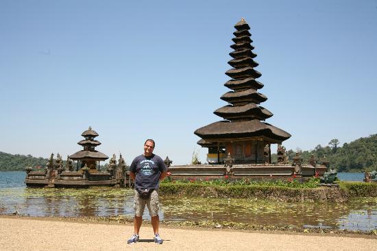 Tempio Pura Ulun Danu Bratan Foto Tabanan Kab