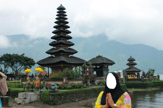 Ulun Danu Baratan Picture Bratan Temple Tabanan Pura Kab