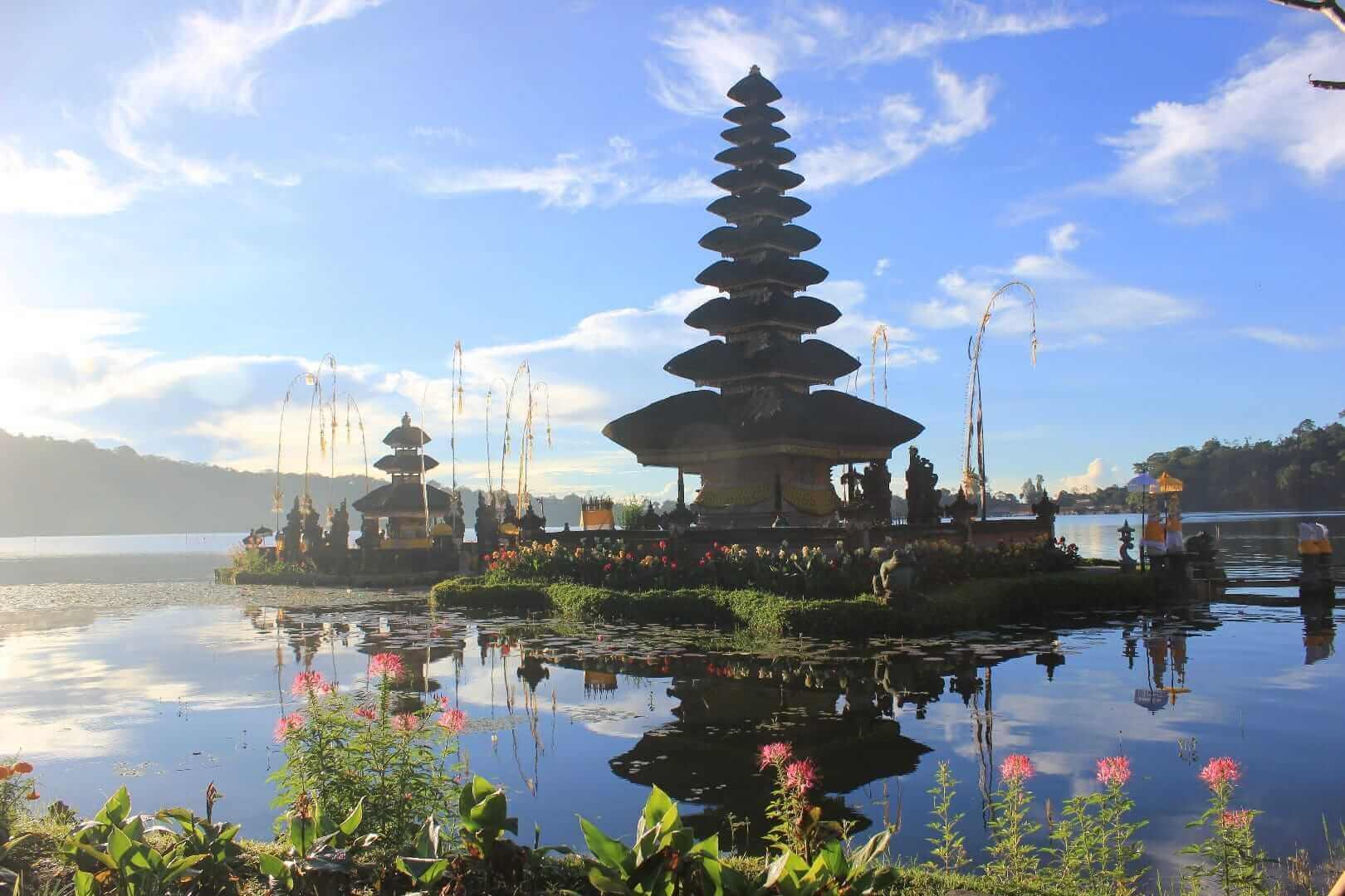 Ulun Danu Beratan Bedugul Bali Galleries Pura Bratan Kab Tabanan