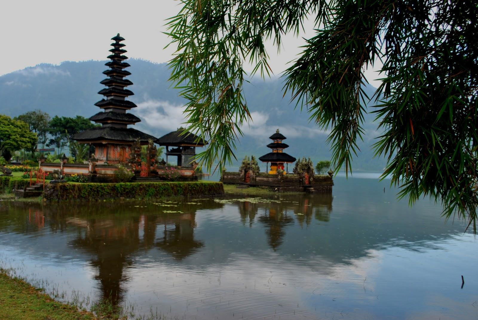 Ulun Danu Beratan Bedugul Pura Mari Mengenal Tempat Wisata Bali