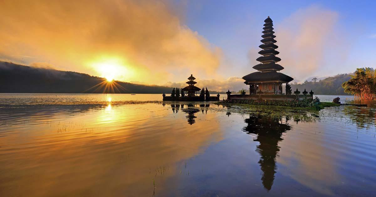 Ulun Danu Bratan Temple Entrance Fee Bali Lake Pura Kab