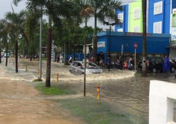 Citra Raya Tangerang Dikepung Banjir Dunia Air Kab