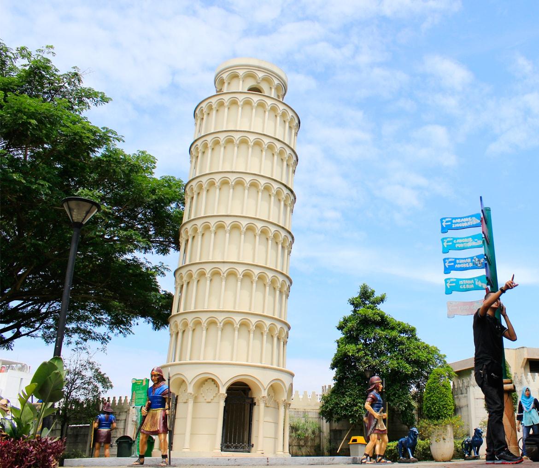 Citra Raya World Wonders Wahana Pendidikan Rekreasi Menara Pisa Dunia
