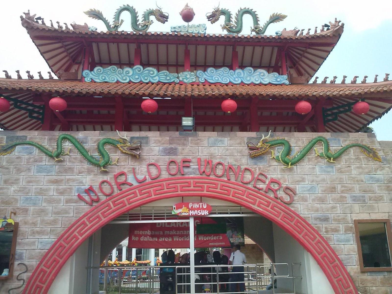 World Wonders Theme Park Citra Raya Cikupa Tangerang Gambar Dunia