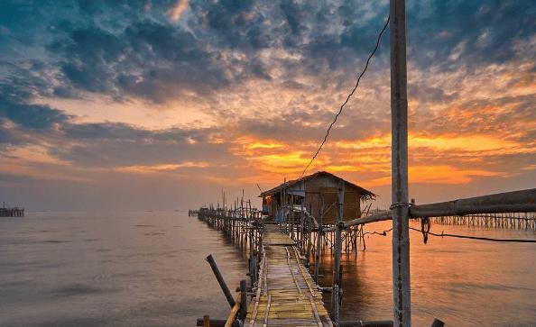 Lokasi Tiket Masuk Pantai Tanjung Pasir Teluk Naga Burung Kab