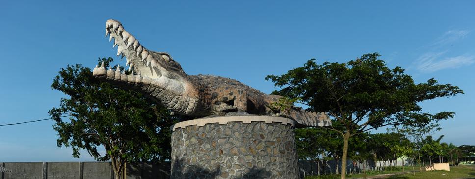 Taman Penangkaran Buaya Tanjung Pasir Tangerang Area Pantai Burung Kab