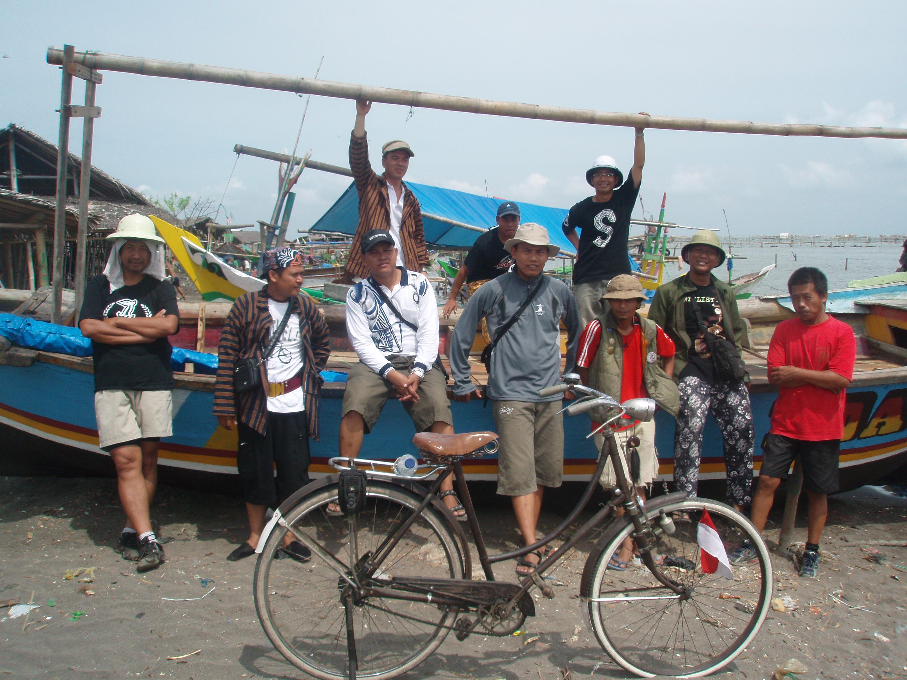 Tanjung Kait Keindahan Kehidupan Masyarakat Tangerang Perahunya Tidak Air Tapi