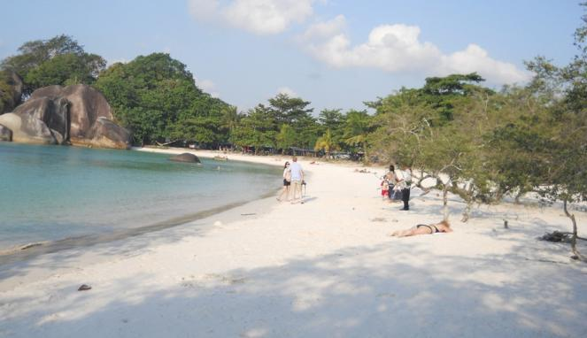 Tempat Wisata Tangerang Wajib Dikunjungi Wolesbanget Pantai Tanjung Pasir Burung