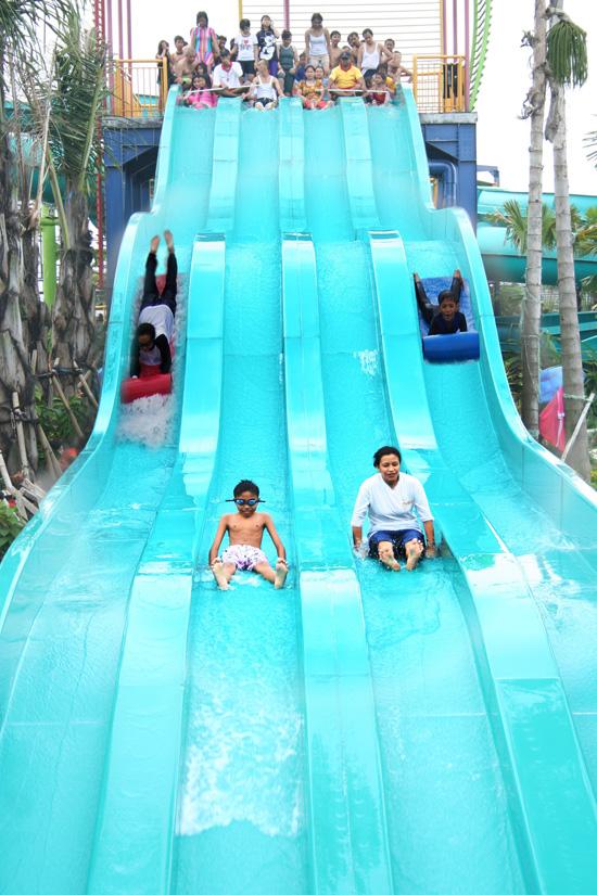 Jungle Adventure Adventurous Waterpark Racer Slide Petualangan Air Marcopolo Kab