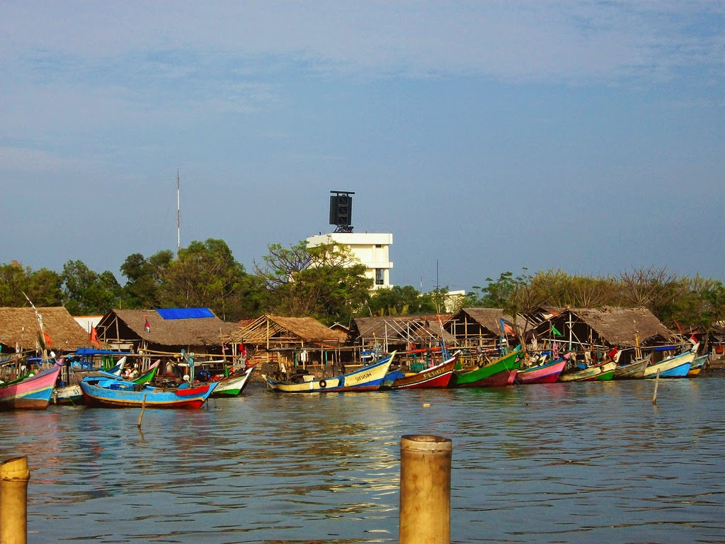 Tempat Wisata 2015 Pantai Tanjung Kait Petualangan Air Marcopolo Kab