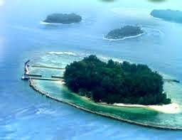 Alfindahimma April 2015 Wisata Bahari Terpadu Pengembangan Sebelah Selatan Pulau