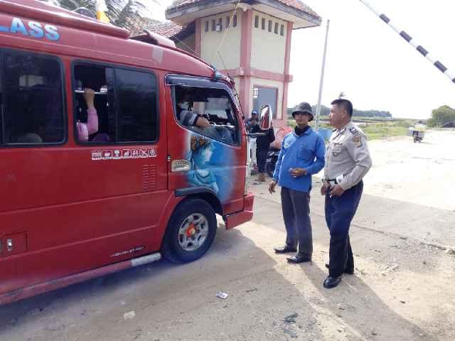 Pengamanan Wisata Pulau Cangkir Kronjo Tribrata Tangerang Kabupaten Kab