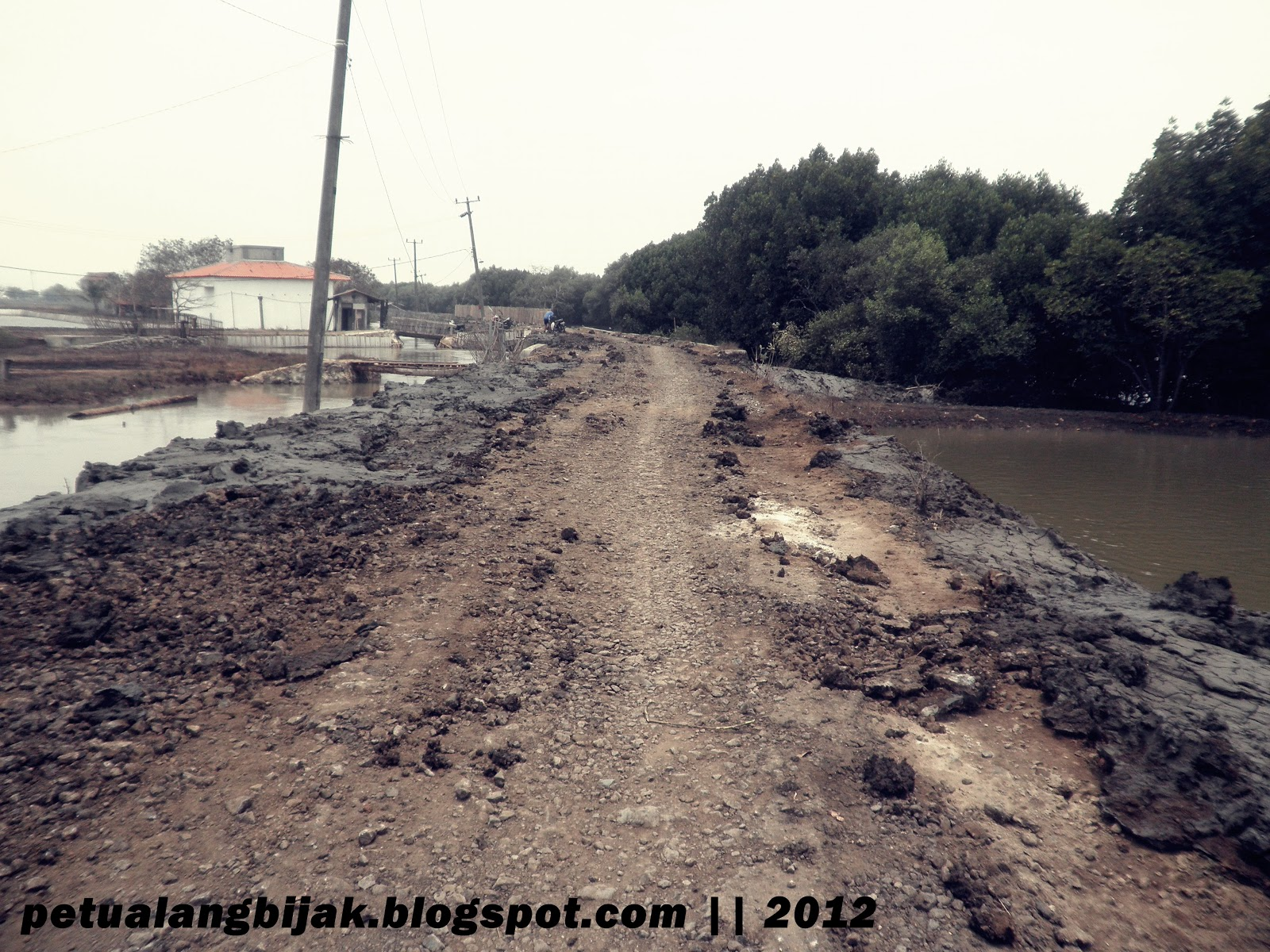 Petualang Pulau Cangkir Jalan Rusak 2 Kab Tangerang