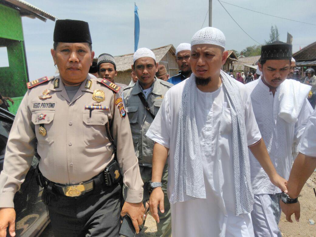 Polsek Kronjo Amankan Peringatan Hari Besar Islam Maulid Nabi Muhammad