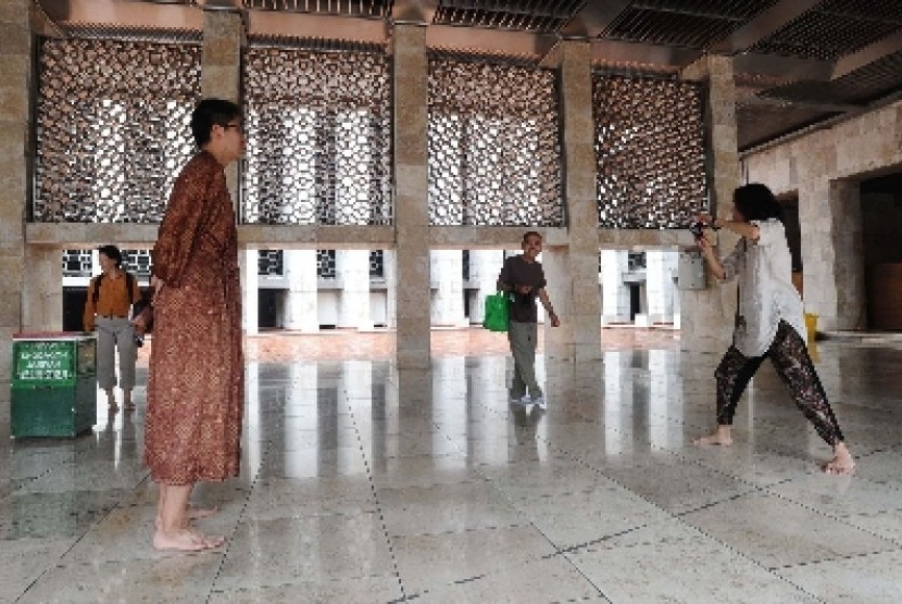 Pulau Cangkir Dipadati Wisatawan Religi Republika Online Kab Tangerang