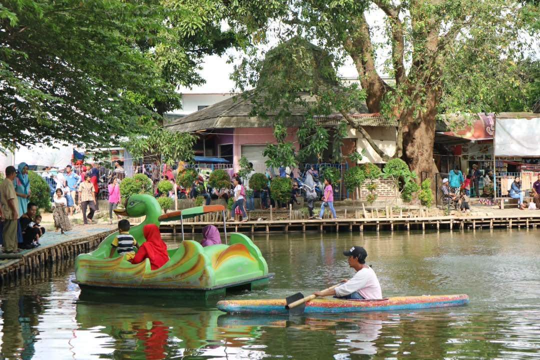 Cipondoh Primadona Wisataw Domestik Tangerang Bantensatu Kab