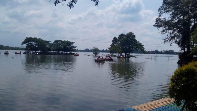 Jalan Menuju Danau Cipondoh Harga Tiket Masuk Tempat Wisata Kab