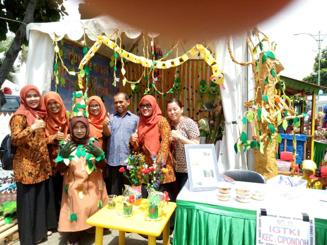 Stand Cipondoh Dipamerkan Pameran Pendidikan Kota Tangerang Kreasi Kab