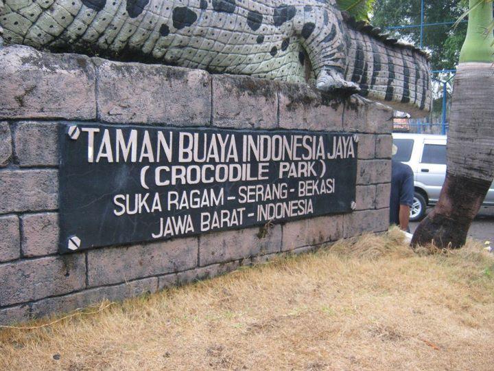 Amprokan Blogger 2011 7 Jelajah Bekasi Taman Buaya Rombongan Bergerak