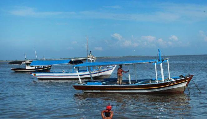 Wisata Bahari Pulau Untung Jawa Kilometer Kota Tanjung Pasir Taman