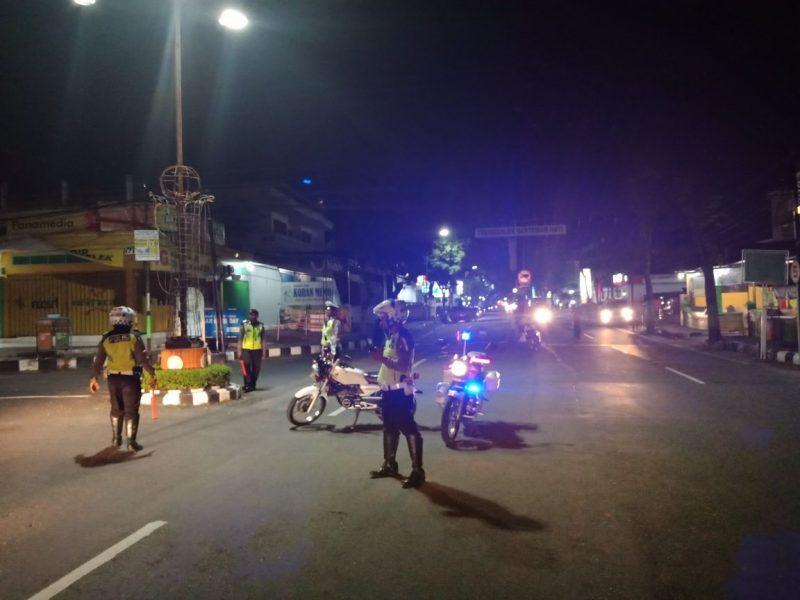 Kiprah Satlantas Polres Trenggalek Amankan Malam Berbagai Sudut Kota Masyarakat