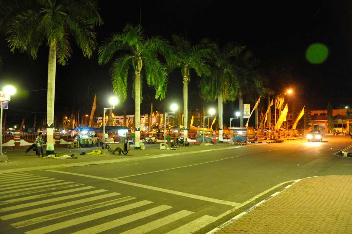 Pkl Alon Bersedia Pindah Pasar Basah Seputar Terminal Mpu Anggaran
