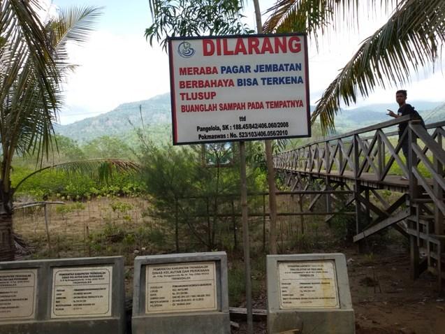 Hutan Mangrove Pancer Cengkrong Asyik Rekreasi Murah Meriah Papan Pemberitahuan