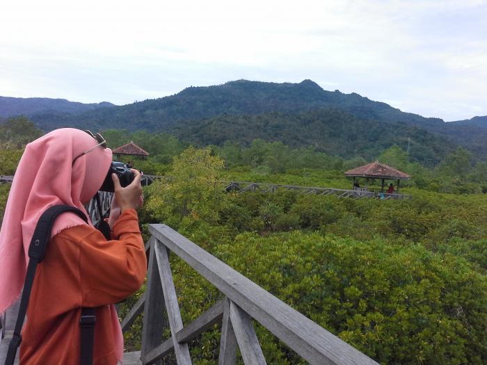 Sensasi Pasir Putih Ecowisata Mangrove Trenggalek Oleh Mas Area Pancer