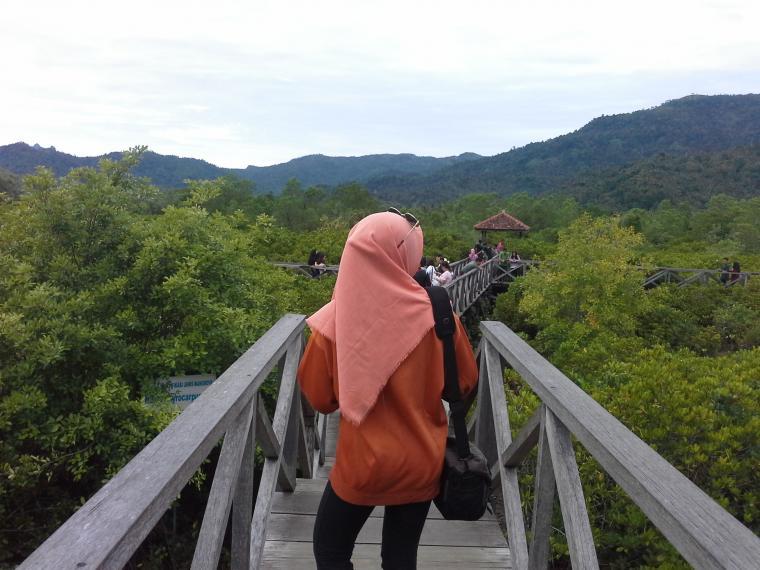 Sensasi Pasir Putih Ecowisata Mangrove Trenggalek Oleh Mas Hutan Pancer