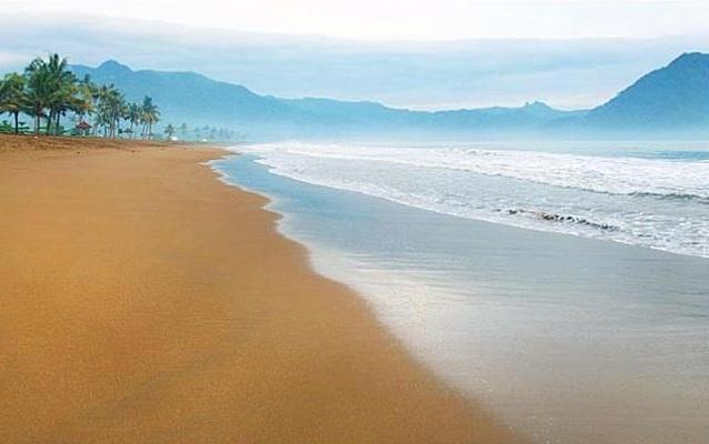 5 Spot Lokasi Wisata Trenggalek Berikut Harga Tiket Masuknya Pantai