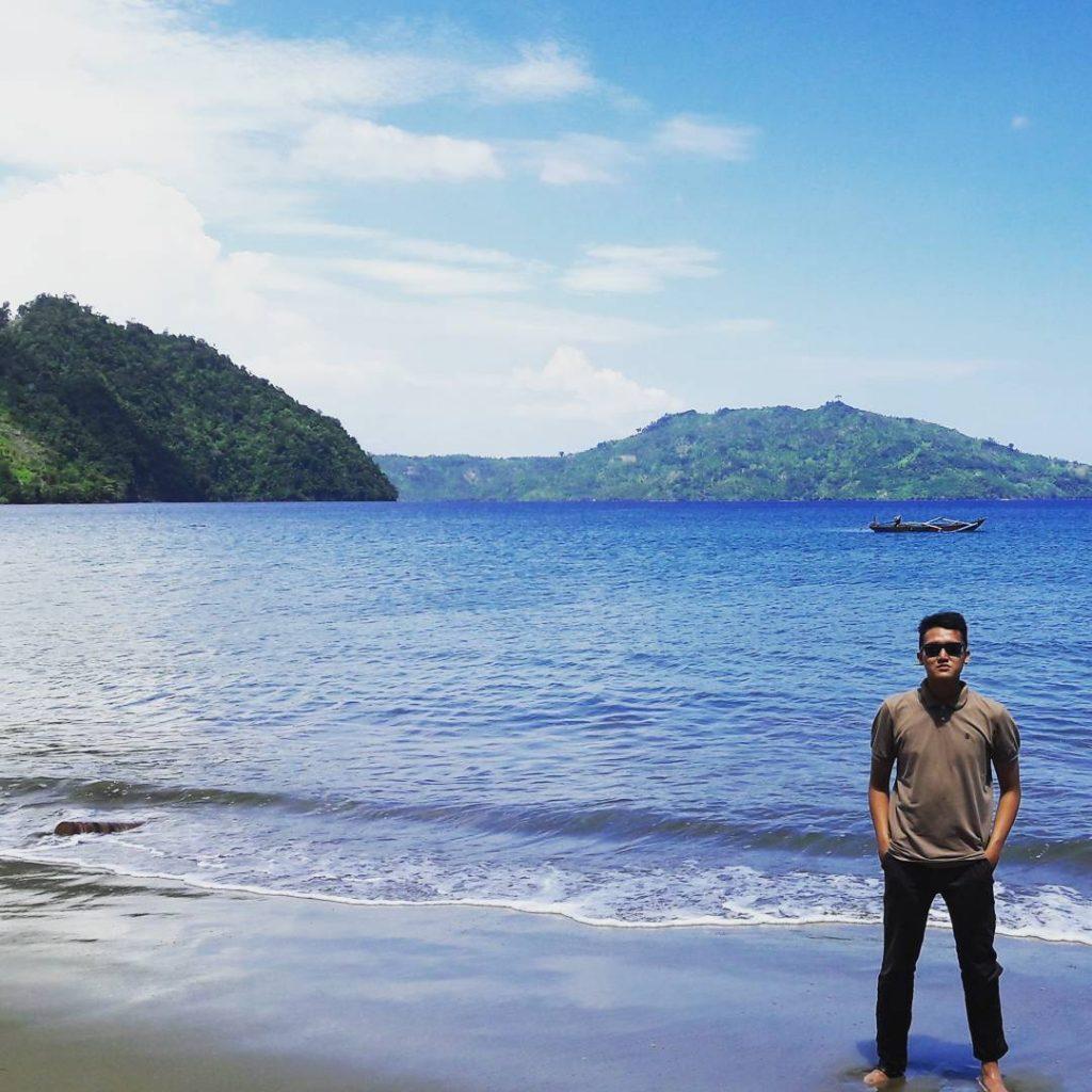 Wisata Kabupaten Trenggalek Membuatmu Berada Hawaii Pantai Damas Kab