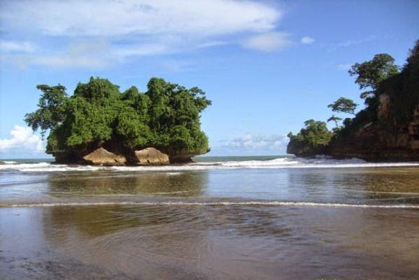 5 Pantai Memukau Kabupaten Trenggalek Aja Pelang Terletak Desa Wonocoyo