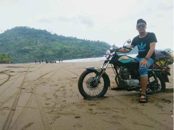 Pantai Konang Trenggalek Tempat Wisata Keluarga Kab