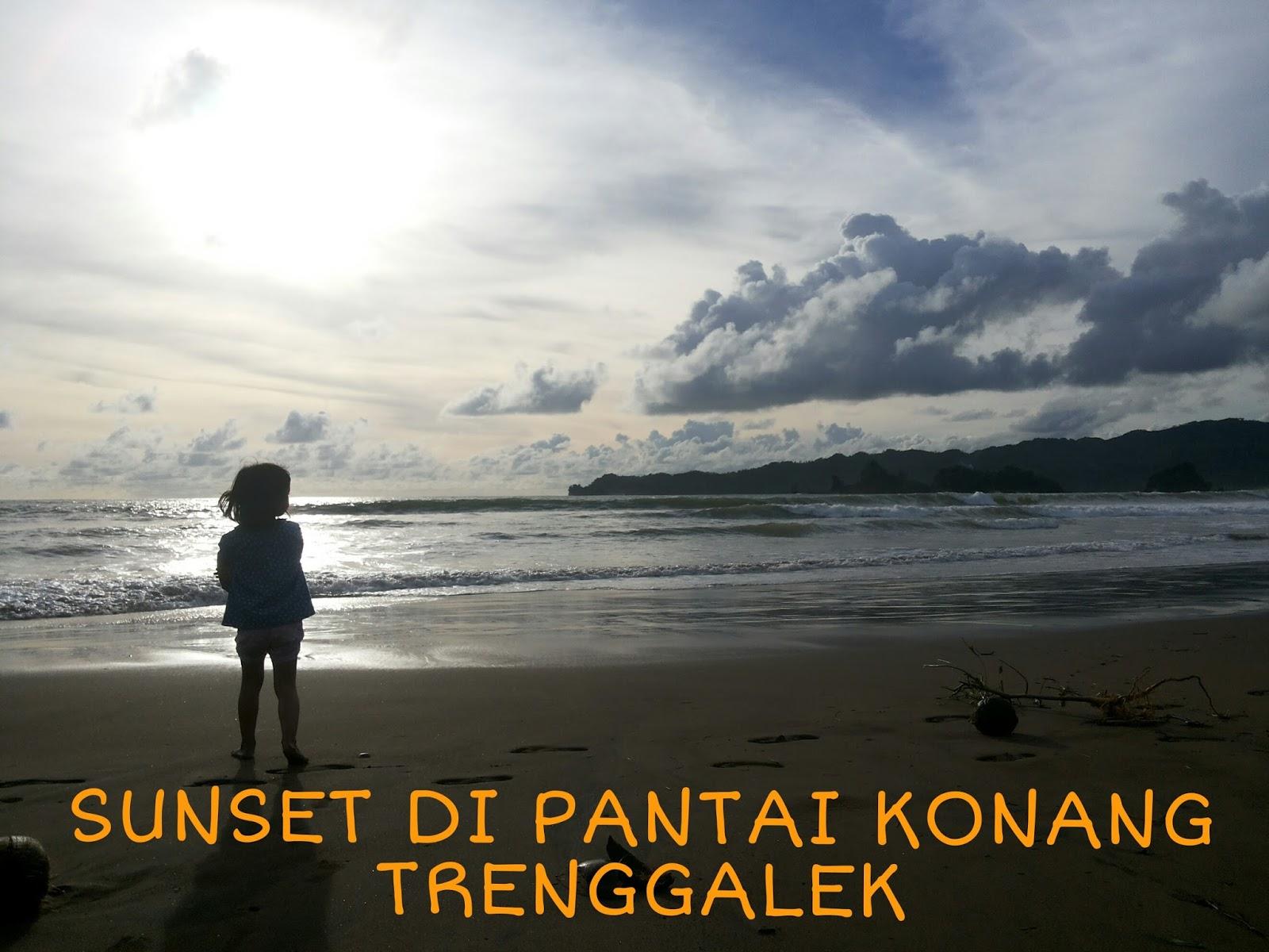 Reni Dwi Astuti Indahnya Sunset Pantai Konang Trenggalek Kab