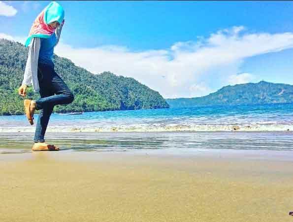 Tempat Wisata Trenggalek Terbaru 2018 Nomor 24 Menarik Pantai Konang