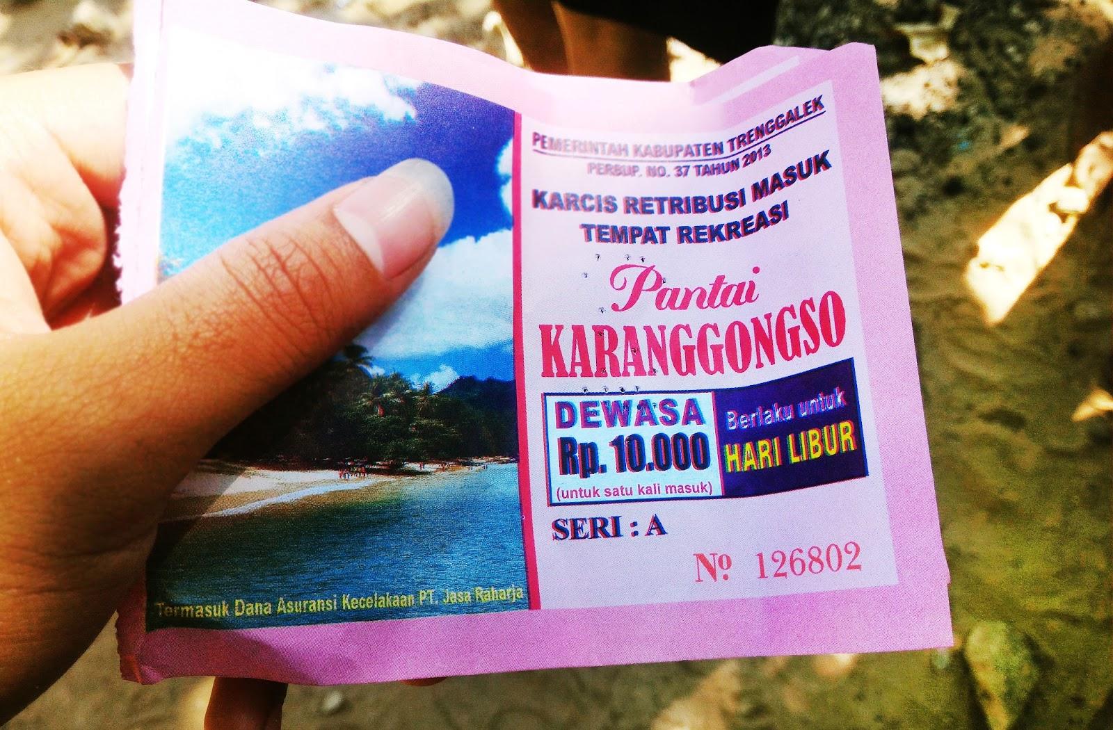 Pantai Pasir Putih Prigi Ombonejagad Menikmati Wisatawan Dikenakan Biaya Tiket