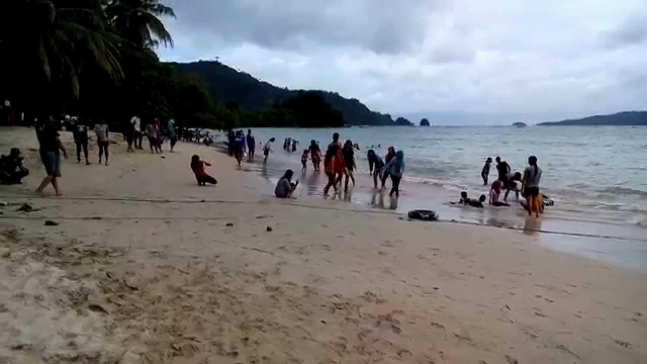 Pantai Pasir Putih Prigi Watulimo Trenggalek Youtube Kab